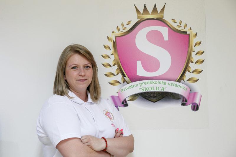 Helena- Montessori vaspitač, Vaspitač za rad u odeljenjima na srpskom jeziku